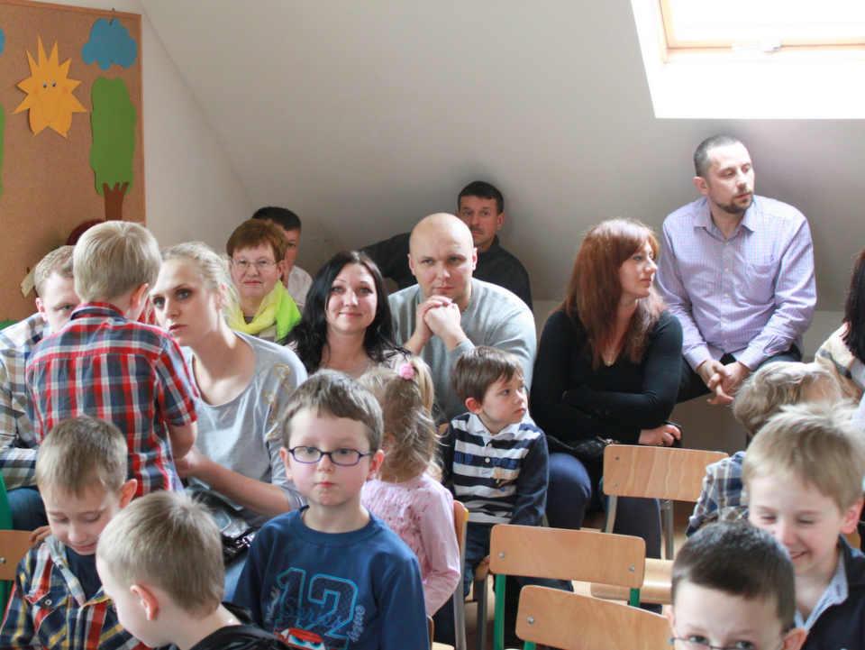zdjęcie 2014-03-30-spotkanie-poetyckie@przedszkole-Poziomka@Głogów-01